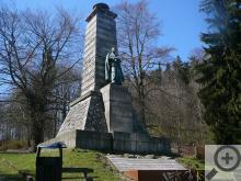 Památník J.Š.Baara stojí v místě zvaném Výhledy