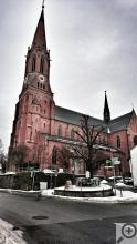 Novogotický kostel sv. Mikuláše ve Zwieslu
