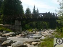 Karlovarský most spojuje, a to doslova, Česko a Polsko