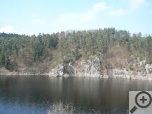 Ve skalách zůstalo dostatek úkrytů pro výra velkého i kulíška nejmenšího