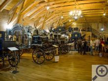 Před 30 lety začal Václav Obr (majitel a provozovatel) hledat po republice staré kočáry. Pět let trvalo, než našel vhodný pozemek. Dnes stojí v Čechách pod Kosířem úžasné muzeum