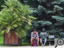V parcích Kudowy-Zdrój můžete potkat zajímavé sochy