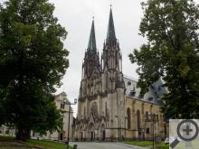 Dóm sv. Václava se pyšní nejvyšší kostelní věží (101 m) na Moravě